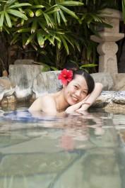 Une piscine thermale