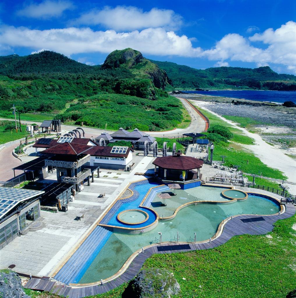 Zhaori Saltwater Hot Springs
